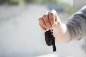 Umowa komisu może dotyczyć samochodu