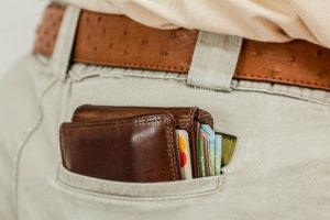 Kupującego obciąża obowiązek zapłaty ceny sprzedaży