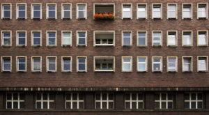 Na podstawie umowy o dożywocie przenoszone jest prawo własności nieruchomości