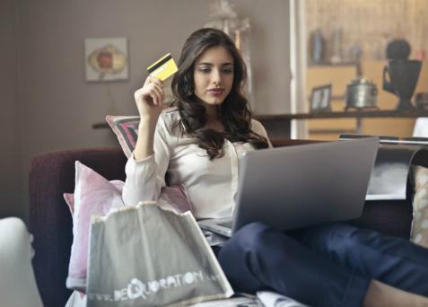Konsumentowi przysługuje ochrona w trakcie zakupów
